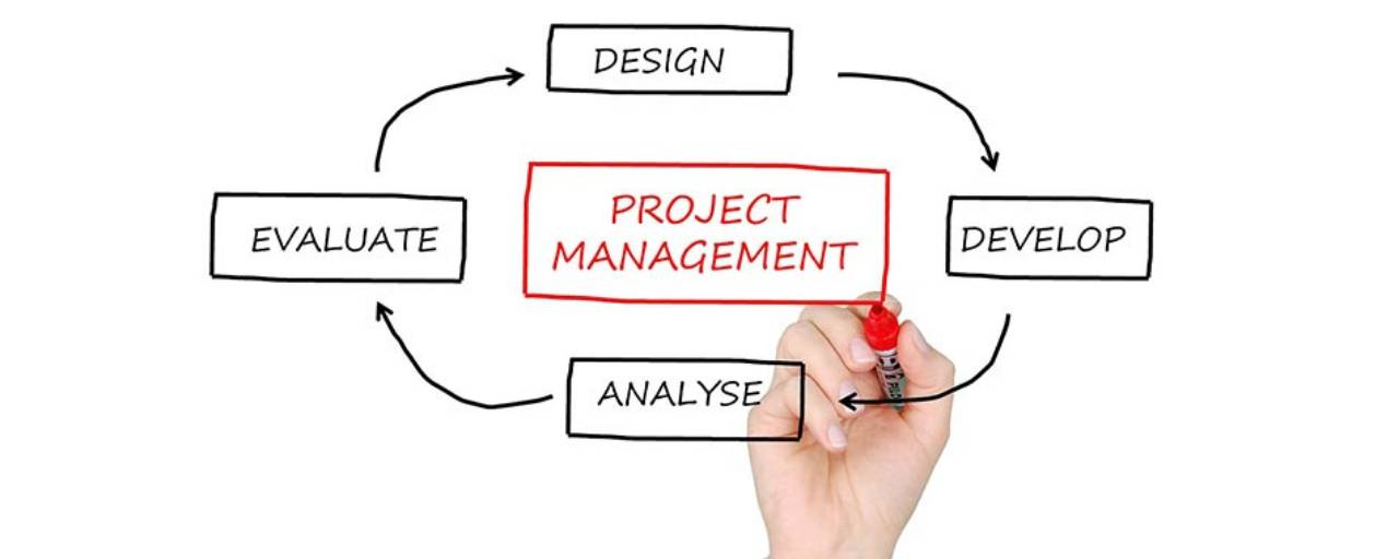 Project Management Cover Image - Agenda and pen